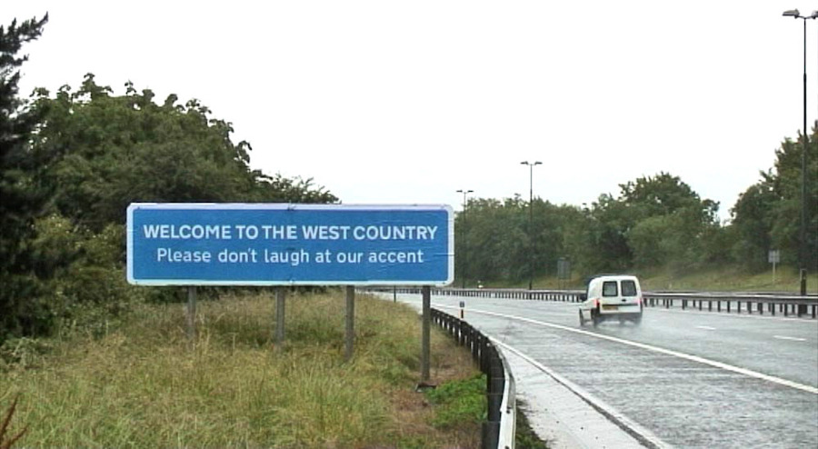 Banksy_Westcountry_Accent_M32_Aug11_1000