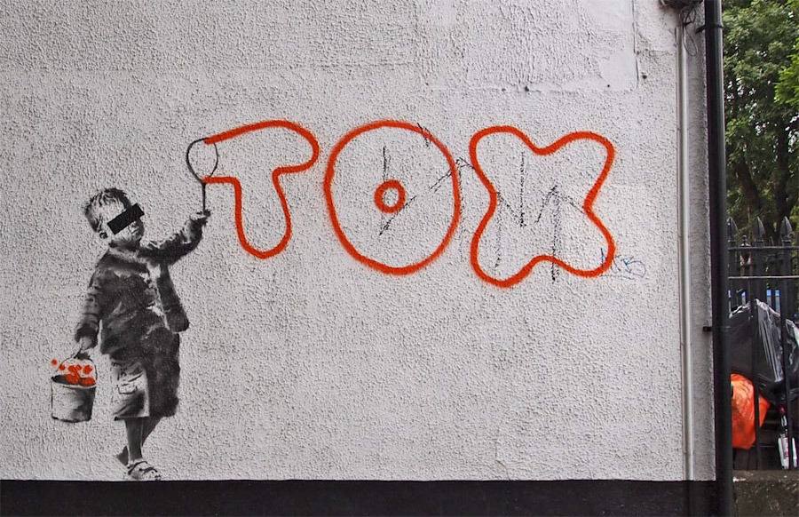 Banksy_tox_Camden-London