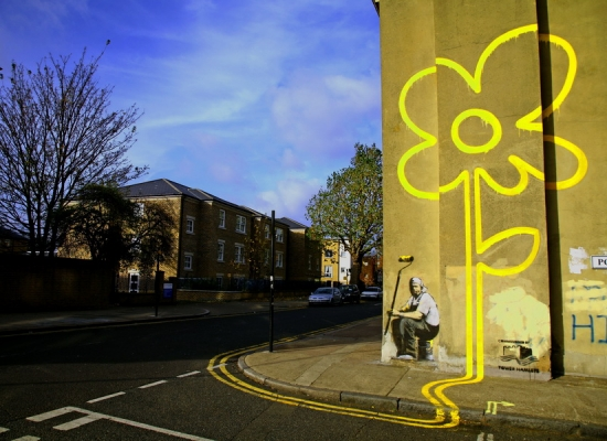 01-Yellow-Lines-Flower-Painter