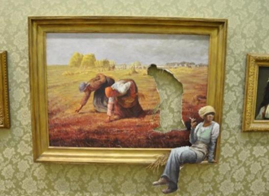banksy_vs_bristol-museum_2